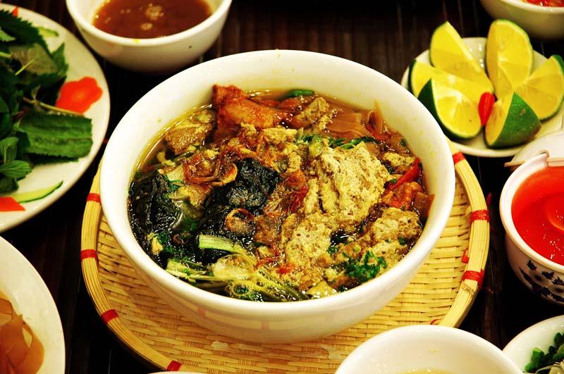 Thưởng thức món bánh đa cua có một không hai tại Đồ Sơn, Hải Phòng